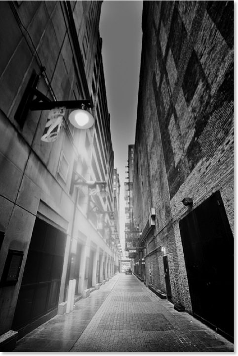 Chicago Narrow Streets. Black and White photographs of Chicago City.